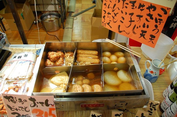 800px-Oden_by_LWY_in_Fukuoka.jpg