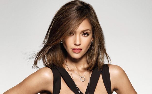 Jessica Alba Is A Sensation In Hollywood And She Is Loved By All Her Career Of Acting Started From Tv Shows Jessica Alba Mesmerizes Everybody With Her