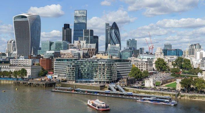 1920px-City_of_London_skyline_from_London_City_Hall_-_Sept_2015_-_Crop_Aligned.jpg