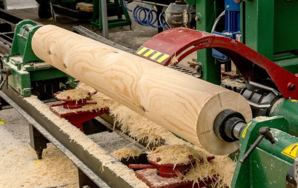 0309090004-05-Peeling-of-Log-1024x647.jpg