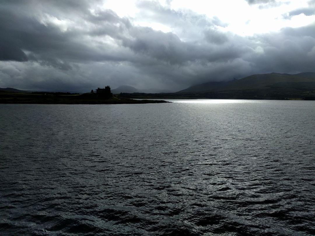 castle-duart-scotland.jpg