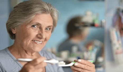 semakin menjaga kesehatan gigi saat bertambahnya usia- Global Estetik Dental Care