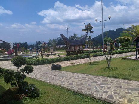 Indonesia Traveller Small World