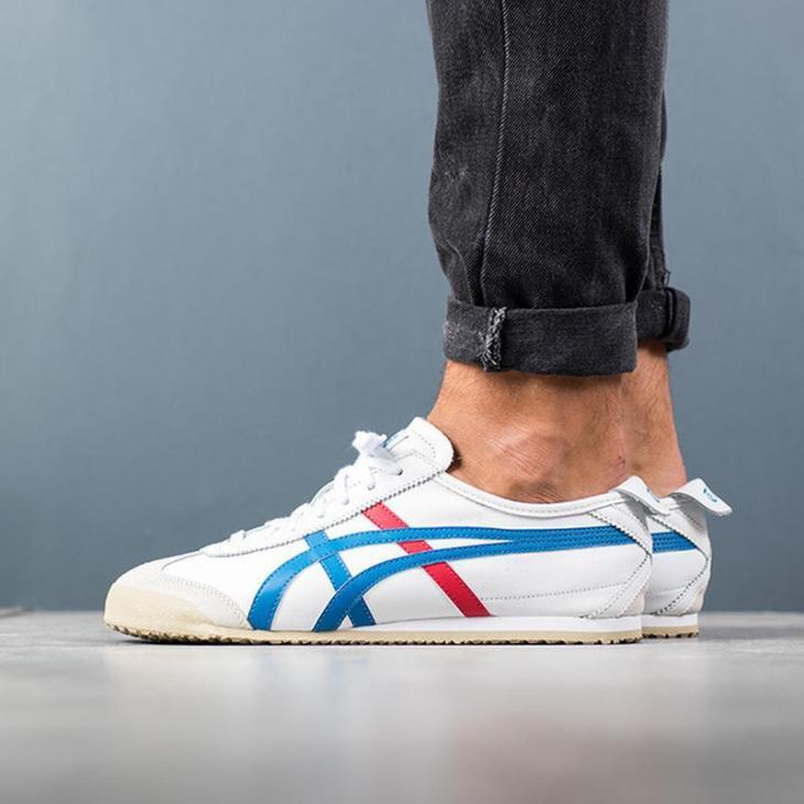 модные кроссовки 2021