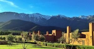 hotel din Maroc cu vedere la muntii Atlas