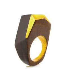 The Newcomer rosewood ring 15