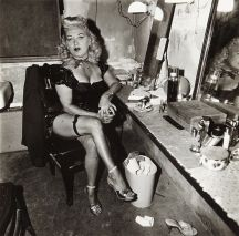 Burlesque comedienne in her dressing room