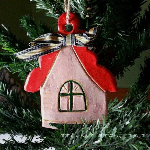 Керамична къщичка. Декорация за дома и елхата.