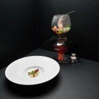 """Signature Dish: Christian Jürgens """"Hongkong Crayfish Tea"""""""