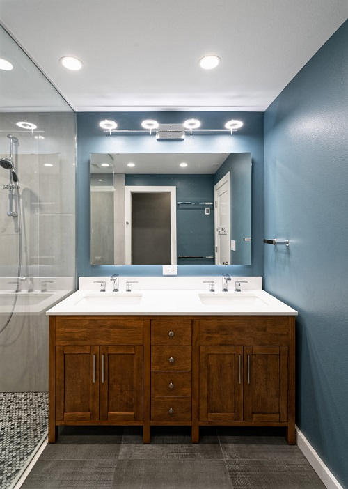 Two sink vanity with large mirror