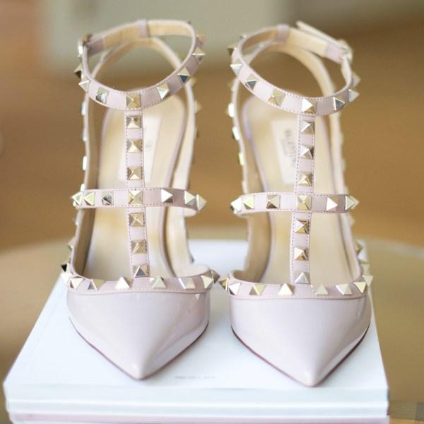 Minimalist Wardrobe: Statement Shoes