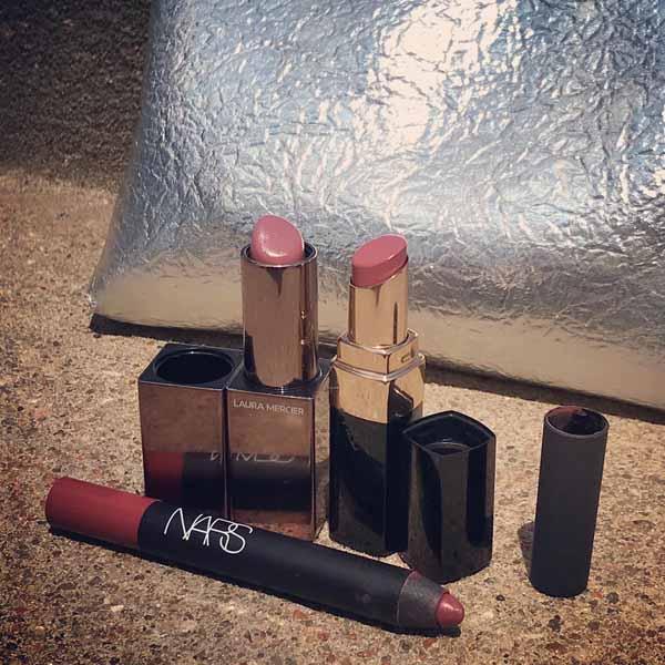 what's in my handbag - favorite lipsticks 2021