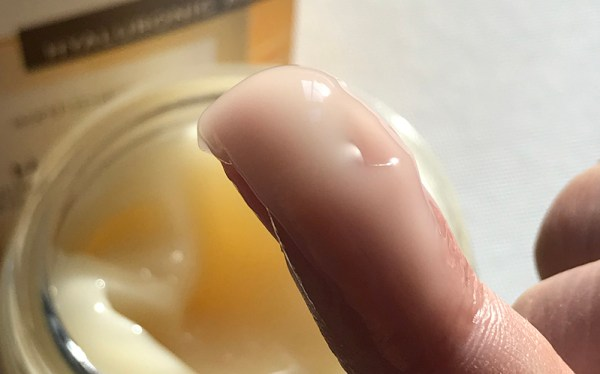 Close up texture of Earth to Skin Honey Manuka Day Gel Cream