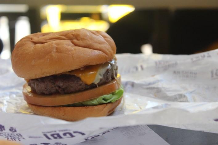 luz camera burger hamburgueria em sao paulo16