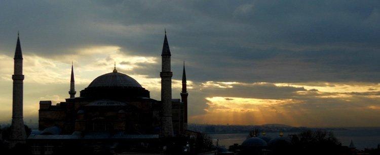 Hvordan Tyrkia, Iran, Russland og India utnytter De nye silkeveiene