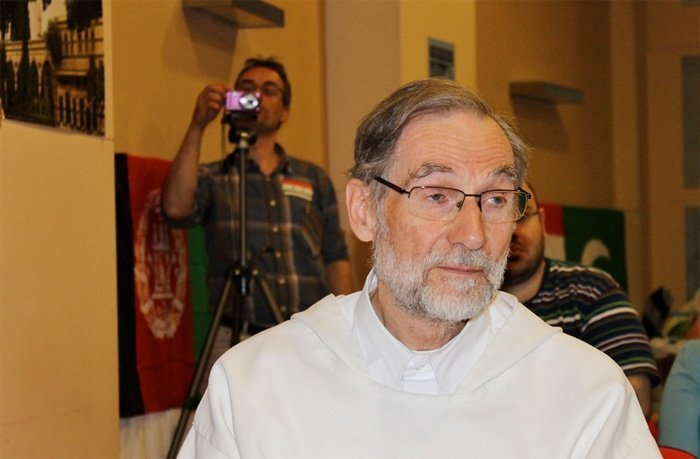 Flamsk prest i Syria: – Mediadekningen om Syria er den største medialøgnen i vår tid