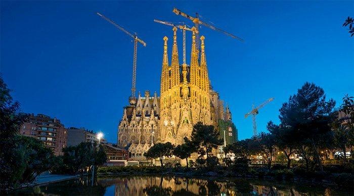 Terroristenes mål var La Sagrada Familia