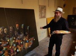 Håkon Gullvåg arbeider med sin serie med bibelske motiver som skal stilles ut på Convento dei Cappuccini i Tolfa 14. oktober 2017.