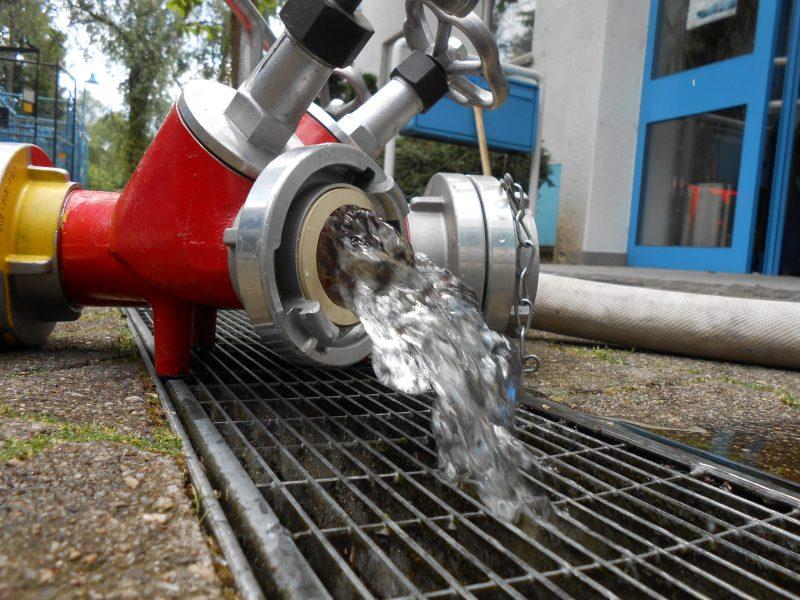 Sprinkleranlage löst Feuerwehreinsatz aus