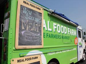 realfoodfarm-mobilemarket1