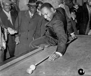 martin-luther-king-playing-pool-1966