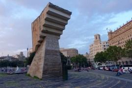 Monument at Plaça de Catalunya