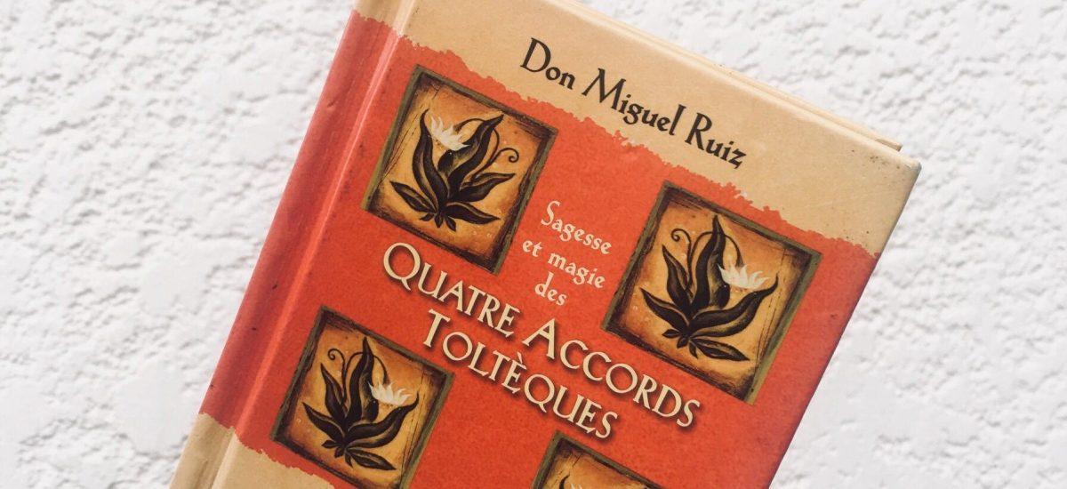 """Couverture du livre """"Les 4 accords Toltèques"""" de Don Miguel Ruiz"""