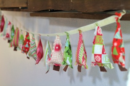 decorating-ideas-lovely-inspiring-colorful-handmade-fabric-christmas-tree-garland-by-caroline-from-sew-caroline-cool-for-christmas-mantel-and-wall-decoration-ideas-diy-christmas-wall-decorations-when