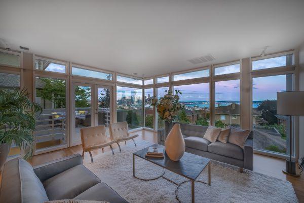 Markadakis-20190605-interior1