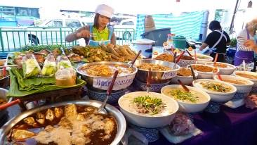 Thanon Phahon Yothin market