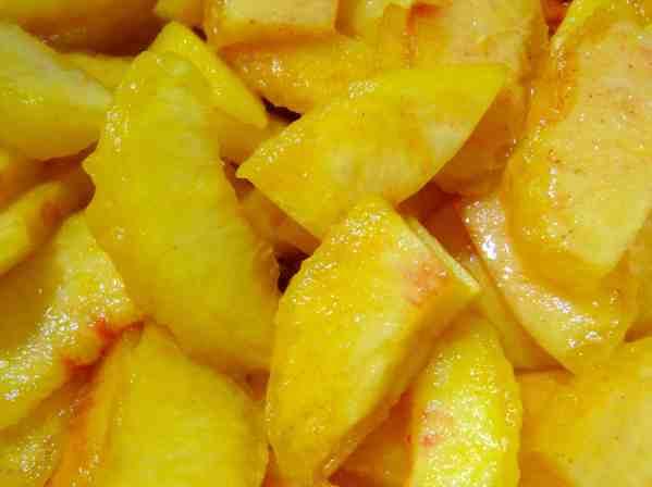 Peach-Vanilla Bean Pie - 07