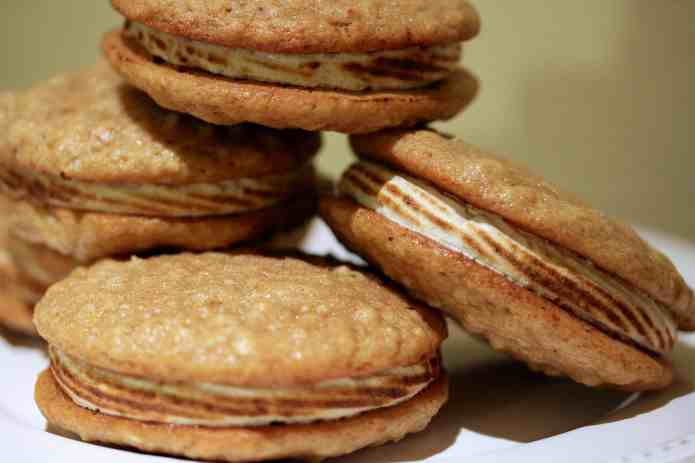 Oatmeal Maple Whoopie Pies - 25
