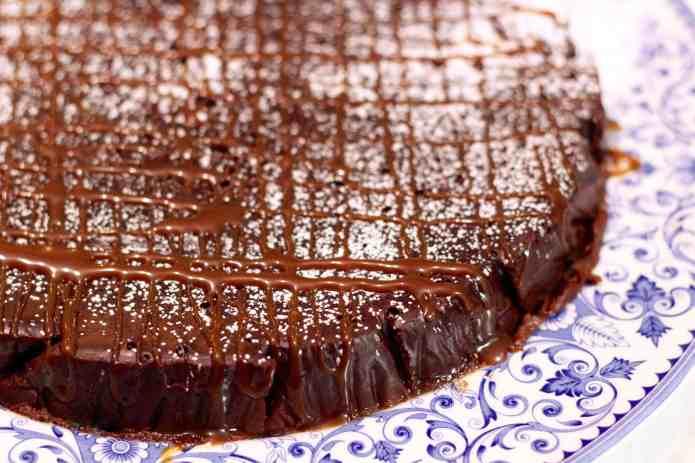 Flourless Chocolate Cake - 13.jpg