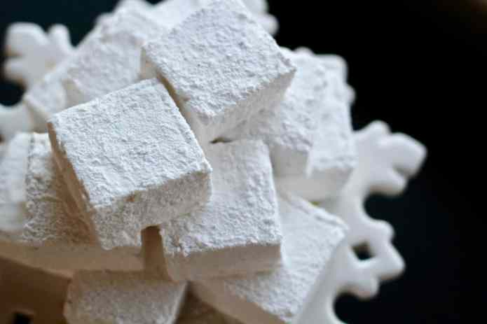 Vanilla Coconut Marshmallows - 41.jpg