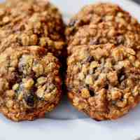Baked Sunday Mornings: Oatmeal Cherry Nut Cookies