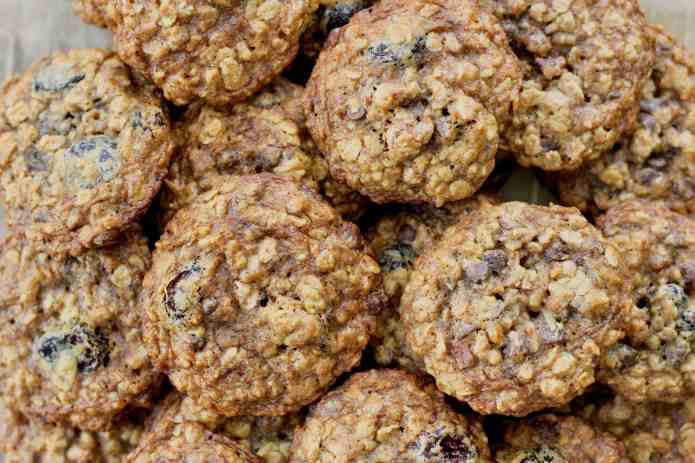Oatmeal Cherry Nut Cookies - 27.jpg