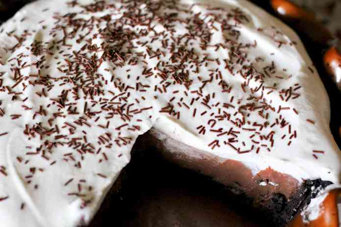 Diner-Style Chocolate Pie - 6.jpg