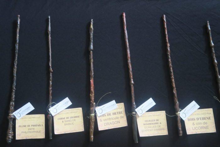 Baguettes de sorciers fête d'anniversaire Harry Potter, boutique Ollivanders, décoration anniversaire Harry Potter