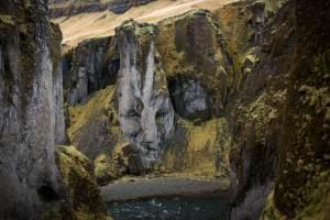 Island, Fjaðrárgljúfur