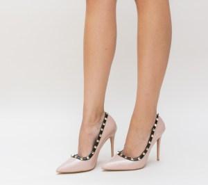 Pantofi dama nude din piele ecologica lacuita si tinte aurii