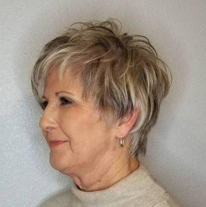 25 tunsori pentru femei de peste 50 ani