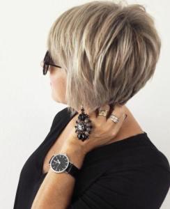 Tunsori scurte, clasice și simple, pentru doamnele de peste 50 de ani: vă propunem mai mult de 30 de modele elegante! - SteMir