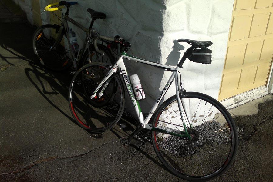 5. Шоссейный велосипед Eddy Merckx AMX-3 рядом с Касабланкой