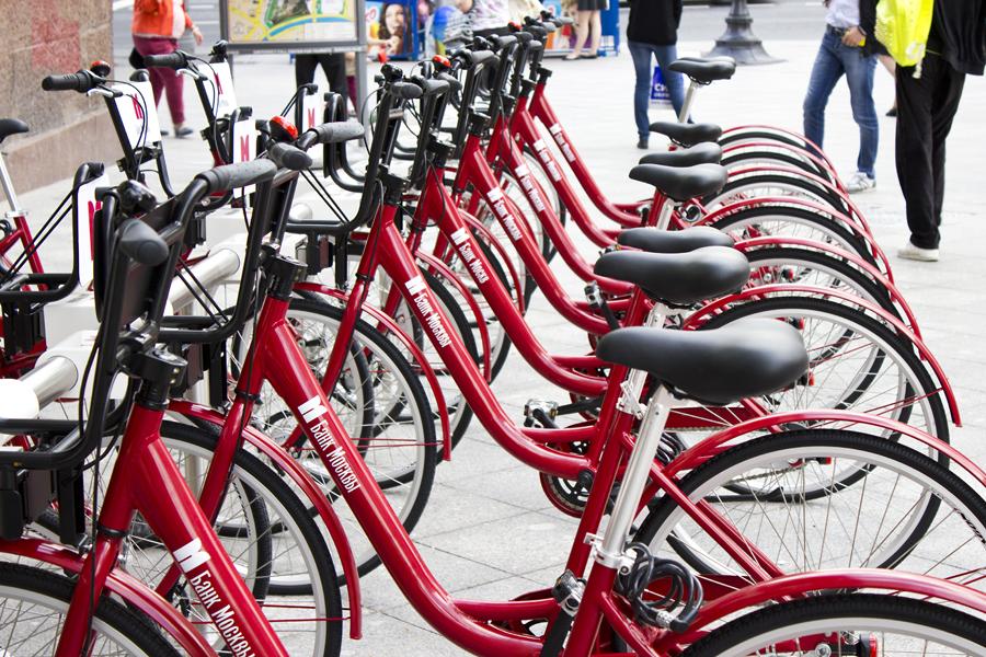 2013.06.04 - Красные прокатные велосипеды байкшернига Velobike.ru 900