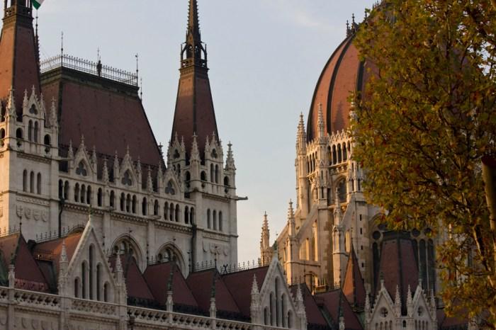 13. Здание парламента Венгрии