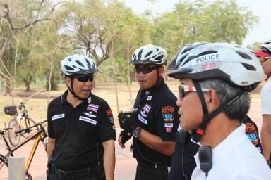2014.06.23 - 10 - Полицейские-велосипедисты Таиланда
