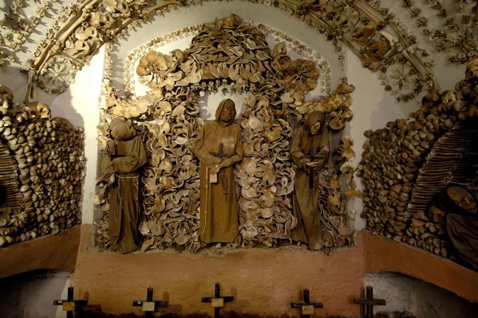Cel mai macabru loc de vizitat în Roma – Cripta Cappuccini