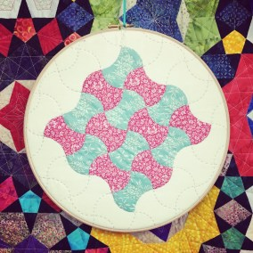 Curves in English Paper Piecing