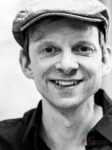 Dominik Decker von Marquess im Studio bei Stephan Hensel, Portraitfotograf: Stephan Hensel
