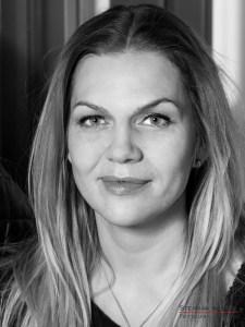 Anna Loos im Studio bei Stephan Hensel, Portraitfotograf: Stephan Hensel